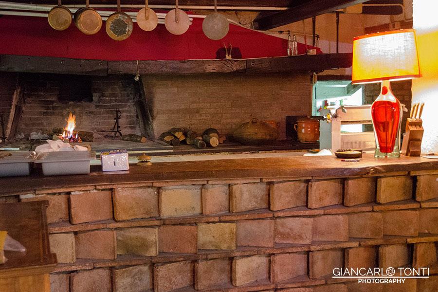 Il camino della cucina - Osteria della Vigna